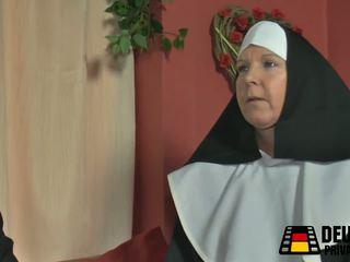 Die Nonne Bei Mir Zuhause, Free Mature HD Porn a6