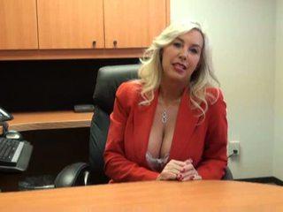 סקס במשרד, בוגר, חם מותק