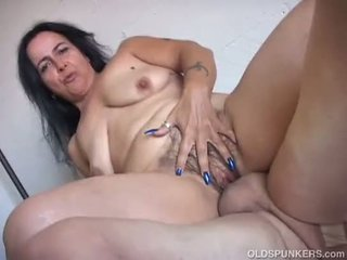 thick, cougar, old