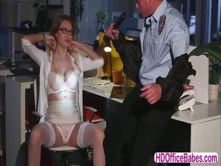 Seductive siren natalia starr šūdas a hunk saugumas guard į the ofisas
