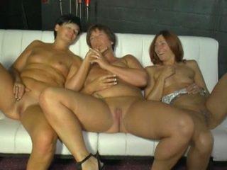 свирки, групов секс, лесбийки