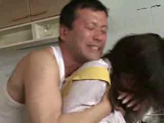 سخيف لي زوجة sister في kichen فيديو