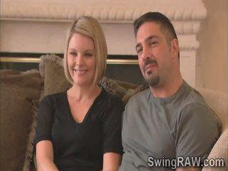 Blondie dhe bashkëshort them e tyre përvojë si swingers në realitet shfaqje