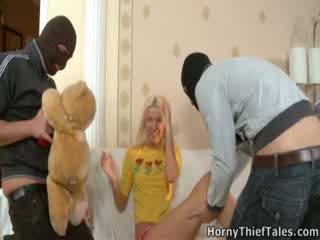 Masked boys เพศสัมพันธ์ เซ็กซี่ irene ใน เธอ ห้อง.