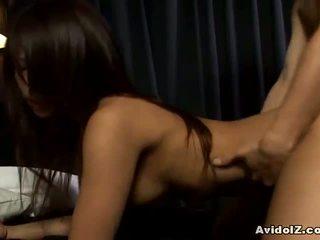 Akira ichinose baise et mésange éjac