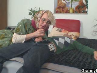 Lonely 70 years starý babičky slammed od za: vysoká rozlišením porno 50