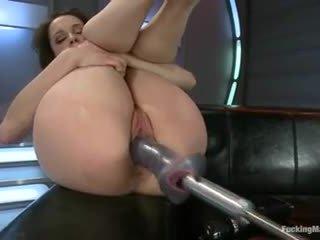 Nikita bellucci - מזיין מכונות