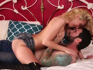 Aš pakliuvom mano stepbrother - aaliyah - porno video 951