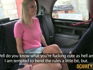 Sienna gets a szantaż pieprzyć w the samochód