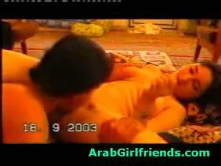 มีอารมณ์ beauty จาก อิรัก sucks boyfriends ควย ใน โฮมเมด