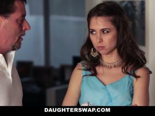 Papas swap et baise daughters sur prom nuit