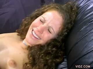 Alana evans smiles como su coño es licked