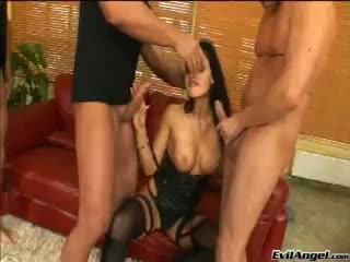 Gyzykly göt aletta ocean gets gangbanged by 3 huge öl cocks!