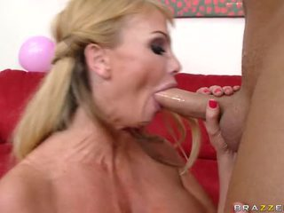 lick lick and mor lick, porn girl and men in bed, small cock and beg tit