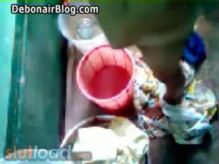 Bengali mama bath captured podľa syn (real)