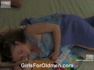 Alana karl viejo y juvenile vídeo