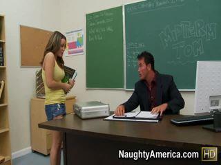 Natasha 좋은 포르노