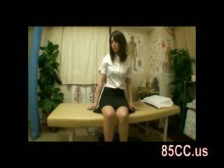 Amateur ol seduced door masseur