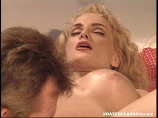 Clasic wench rebecca bardoux enjoying a warm ndilat on her entuk in daybed