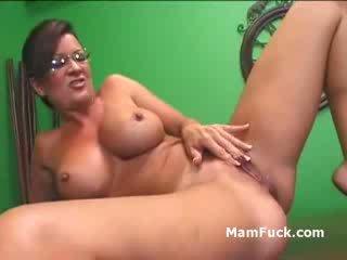 porn, brunette, cougar