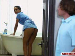 Julia ann in abby lee brazil vroče trio v the spalnica