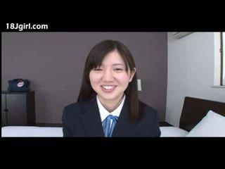 श्यामला, जापानी, किशोर की उम्र