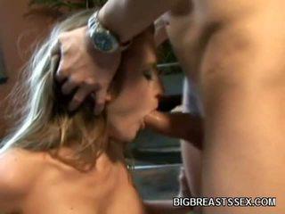 Grand boobed porno modèle abby rode