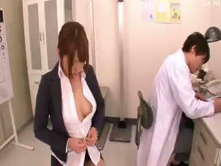 日本, 大胸部, 射液