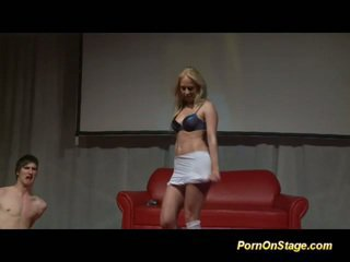 blondjes, striptease, dans