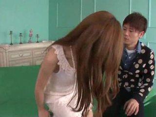 Erena aihara looks tako sladko v a cream vrv obleka