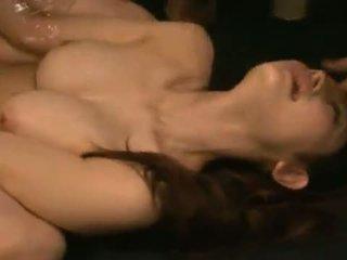 Smut azumi mizushima has hänen suu ja pensas banged brutally