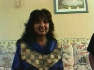 Roop tera mastana - naked hindi song