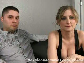 Guy dua e tij bashkëshorte banged nga një e zezë kokosh