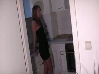 हॉर्नी कपल fucks में the किचन 2