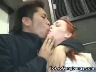 Beyb puti dalagita sa tokyo subway!
