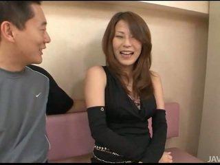 Kön med asiatiskapojke hårig gal