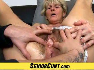 Close-ups na chlupatý starý kočička na čeština babičky hana: porno ff