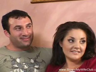 Morena troca de casais milf fucks novo homem