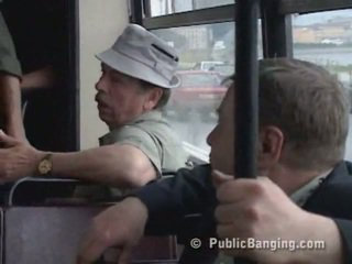 Publiko sexon ang bus