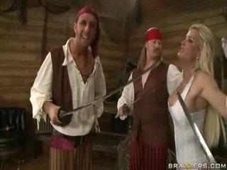 Ένα kings wife down onto the pirates γίγαντας σάρκα sword