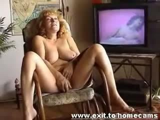 Frida 55 years desde austríaca masturbates en