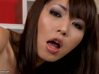 امرأة سمراء, التدفق, اليابانية