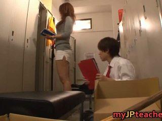 Kaori sexig japanska läraren getting