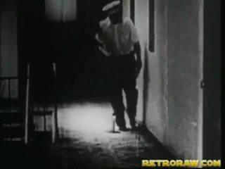 Καυλωμένος/η janitor