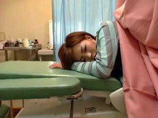 חבוי מציצן מצלמת ב gynecologist