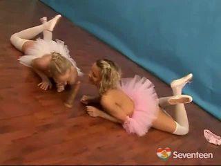 Lezzy ballet สาว