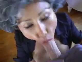 성숙한 아시아의 젊은 pervert
