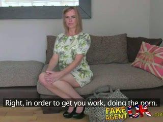 Fakeagentuk unexpected trio verrassing van overspel vrouw