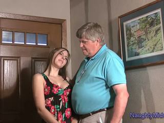 Chelcee clifton - üleannetu ei niece creampie: tasuta porno b5