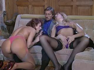 Le sodo macho ketinggalan zaman porno video